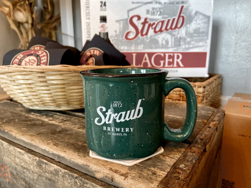 Straub enameled camp mug in green