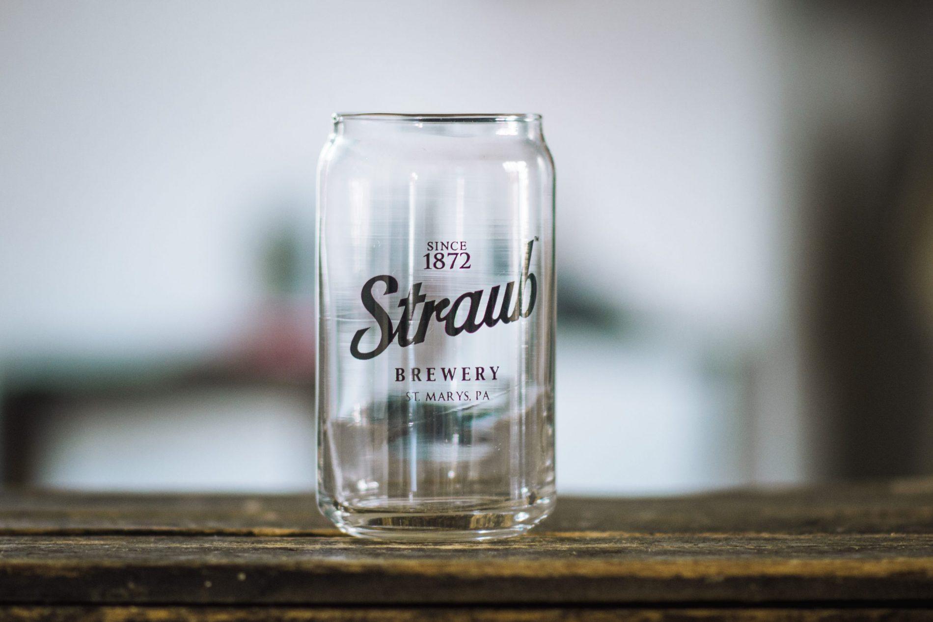 Straub can glass