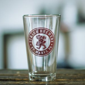 pint glass with Straub Brewery logo on it